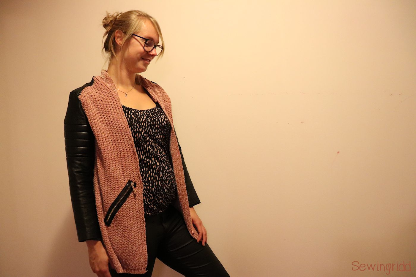 Refashioned cardigan by Sewingridd - The refashioners 2018